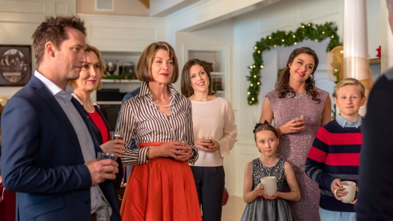 Winter Wedding (A Family for the Holidays)