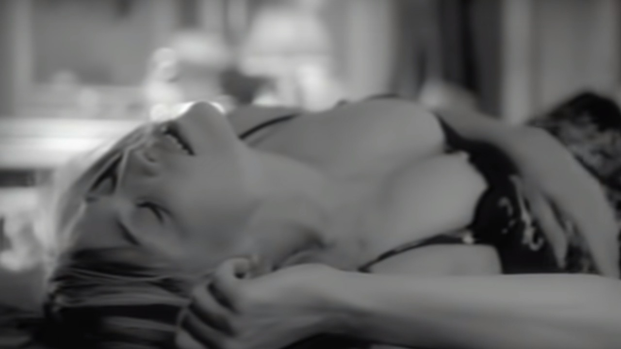 Madonna feat. Massive Attack - I Want You